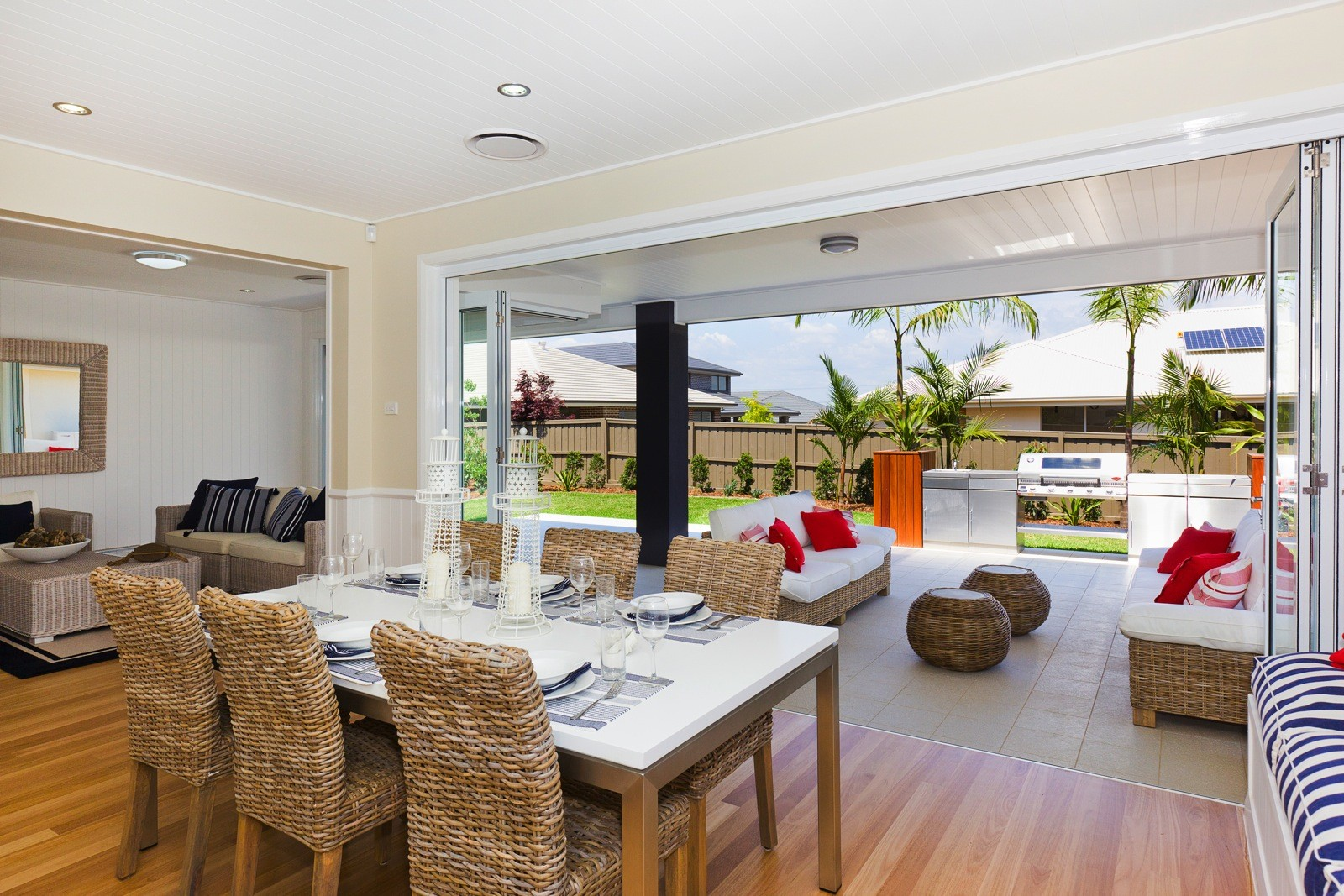 Alkira-Homes-Display-home-indoor-outdoor-living1