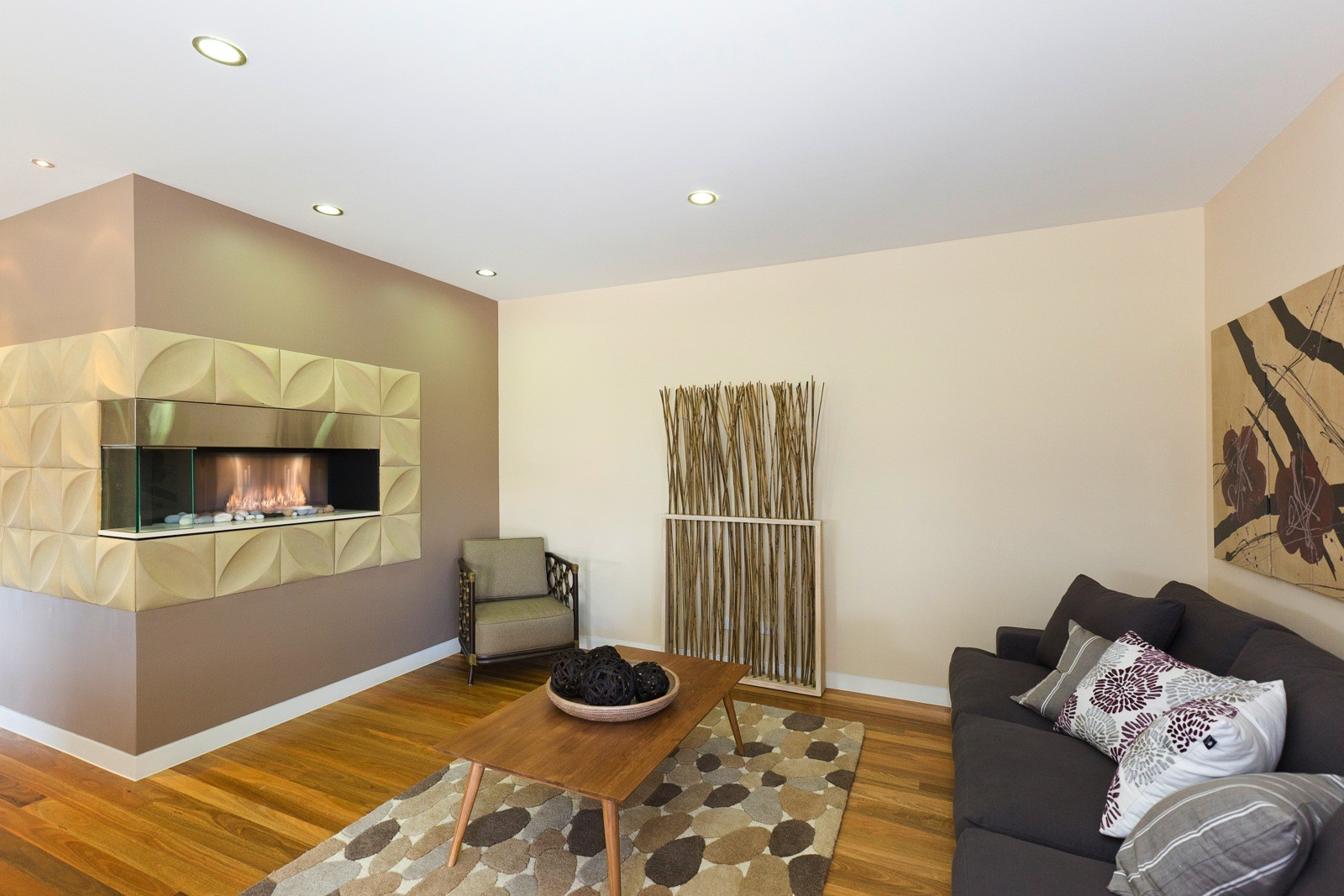 Alkira-Homes-Display-home-with-modern-fireplace-setting1