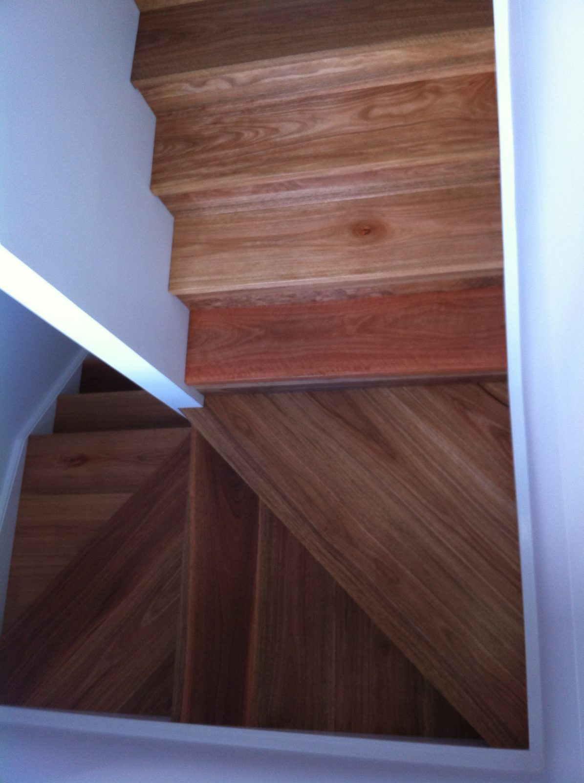 De-Bourcheville-Investments-kellyville-Ridge-Staircase-landing-in-Spotted-Gum