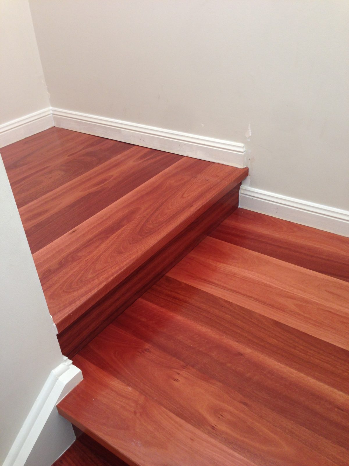 staircase-treads-and-risers